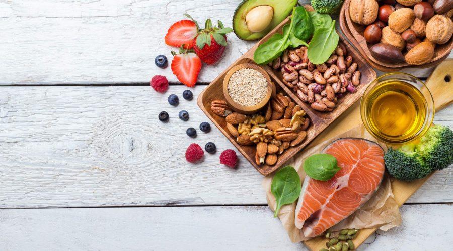 (العربية) أطعمة تقي من السرطان.. أدخلها في نظامك الغذائي