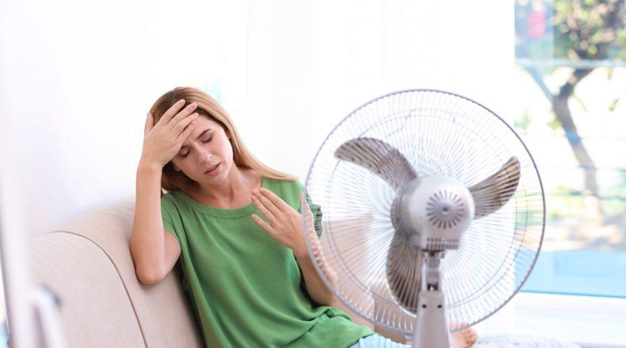 تعاني من احتباس الماء في جسمك خلال فصل الصيف؟ إليك النصائح الضرورية لتفادي ذلك